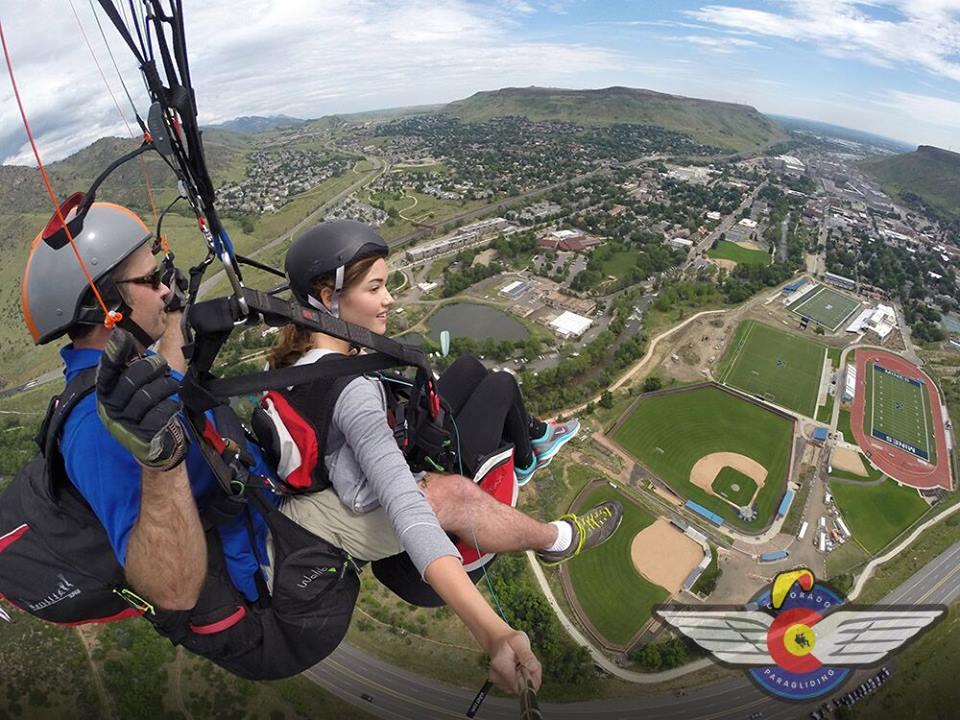 Tandem Paragliding in Golden