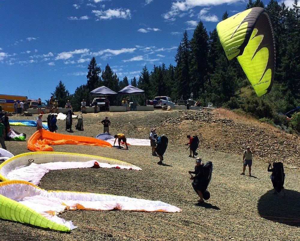 Oahu Tandem Paragliding Flights