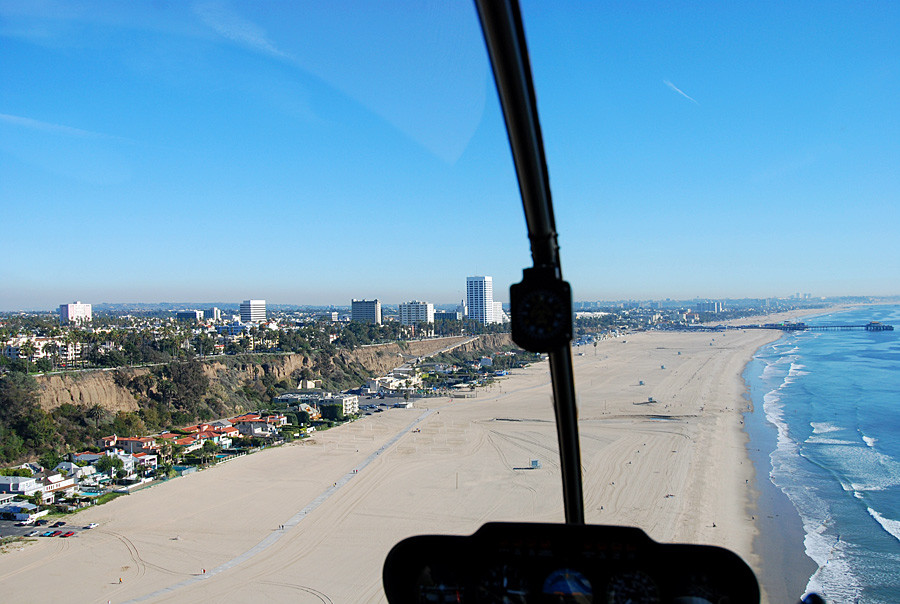 Los Angeles Helicopter Tours – Scenic Rides Over LA