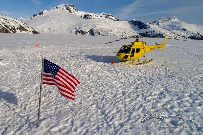 Juneau Helicopter Tour and Dogsledding Experience