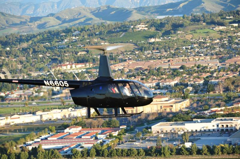 Private Helicopter Flight from Los Angeles to Palm Springs