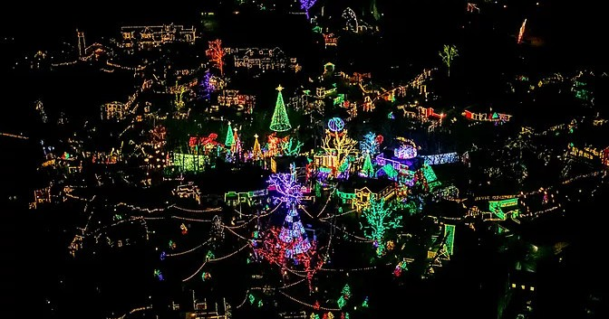 Christmas Light Helicopter Tour