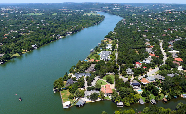 Lakes and Hill Country Helicopter Tour