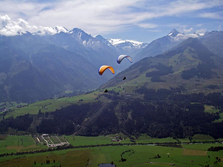 Zell am See Thermal Paragliding Flight