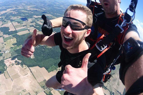 Buffalo Tandem Skydiving