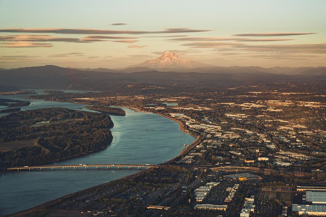 Exclusive Gorge & Portland Air Tour