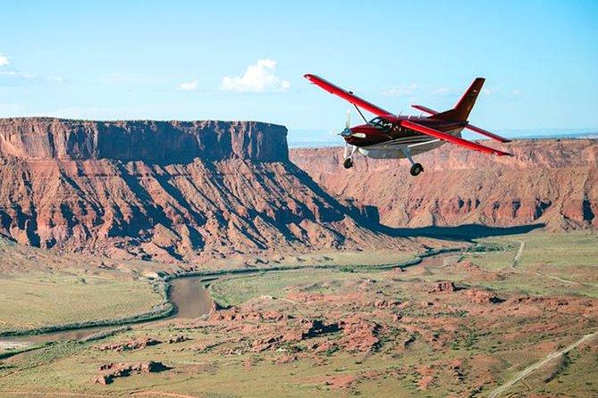 Canyonlands & Arches National Park Air Tour