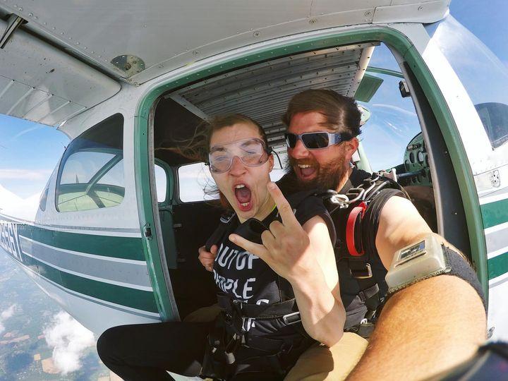 Tandem Skydiving in Pittstown