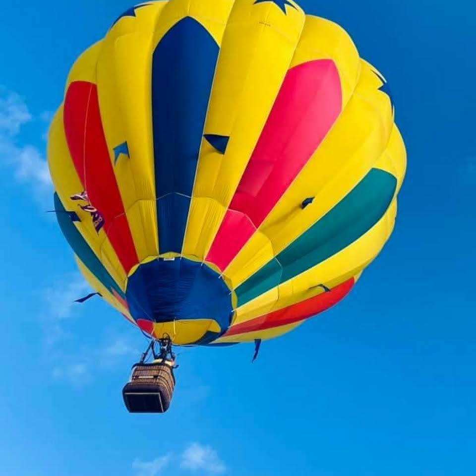 Really Hot Air Balloon Team Rides