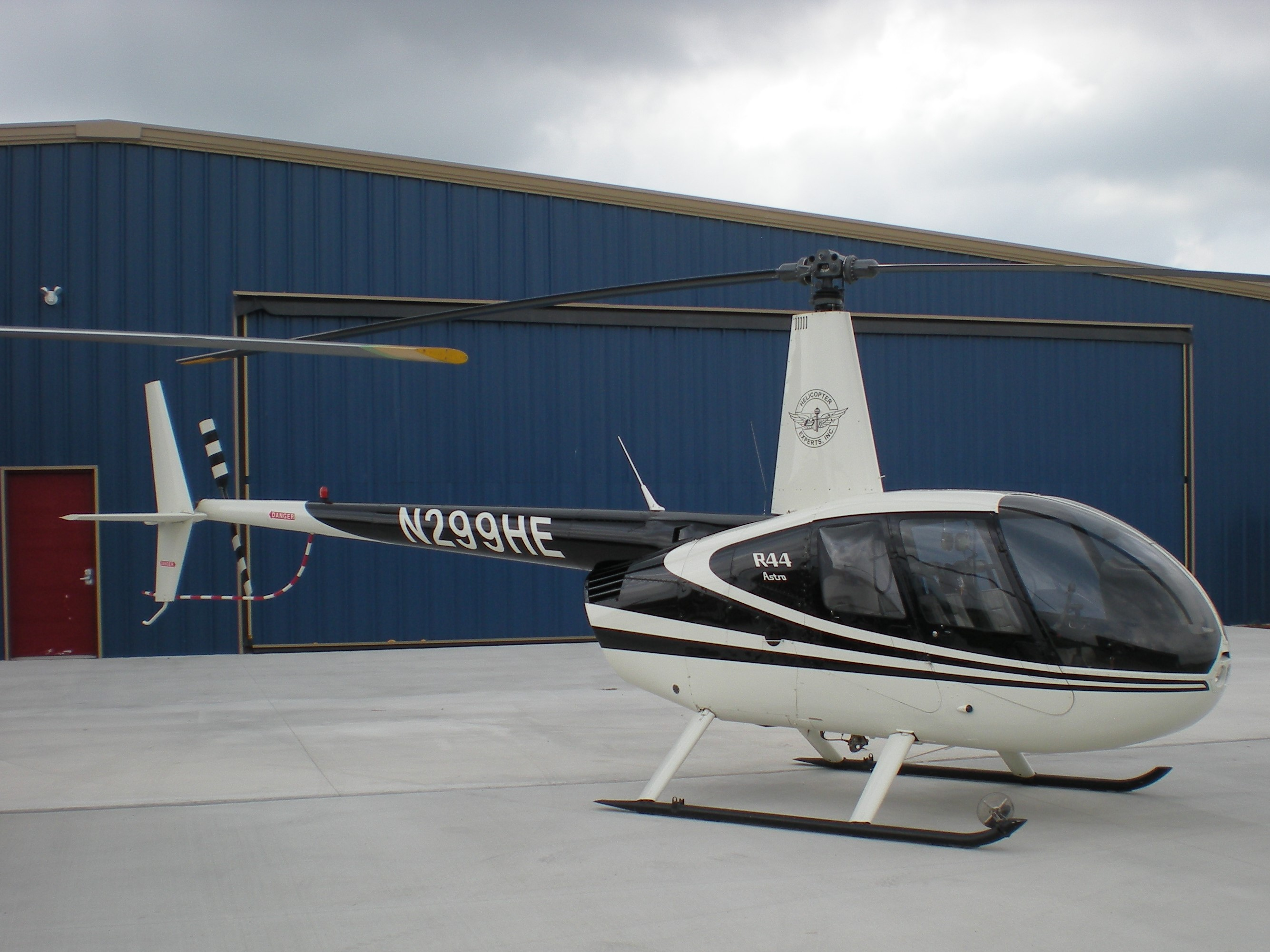 Helicopter Experts - Shamu Tour