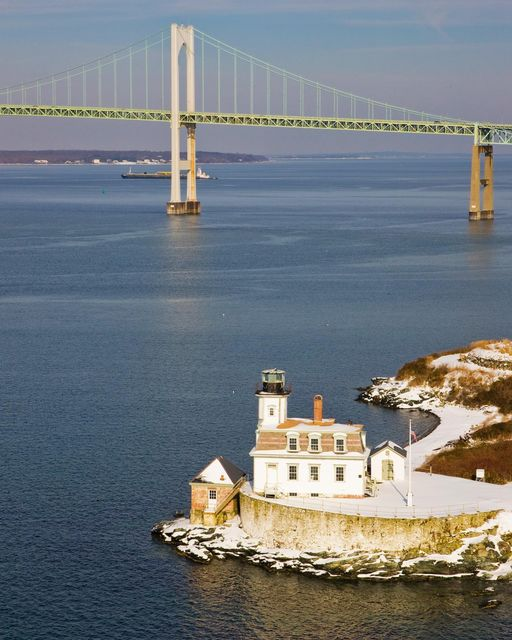Newport Helicopter Lighthouse Tour