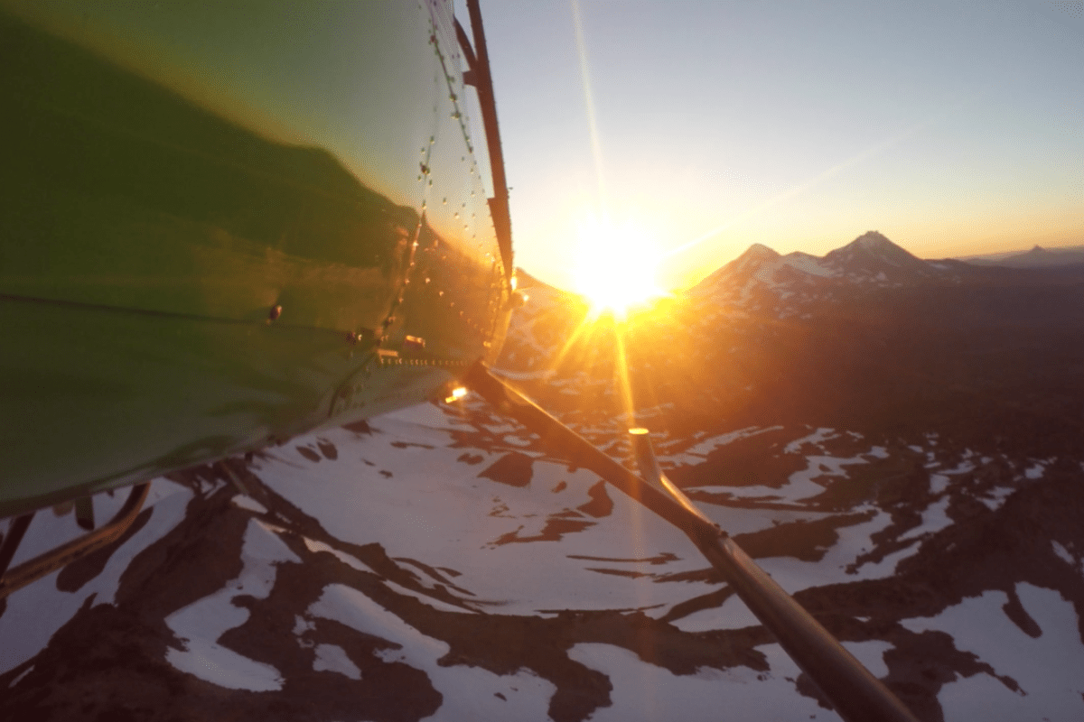 Naturalist Lead Helicopter Tours Cascades Mountains