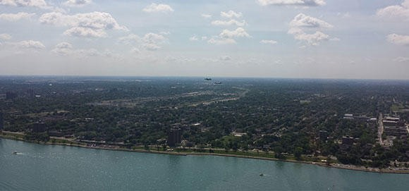 Max Flight Helicopters Detroit - River Ride