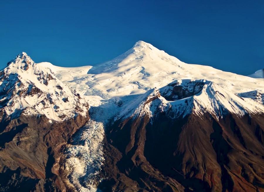 Triumvirate Glacier & Mt. Spurr Volcano Flightseeing Tour
