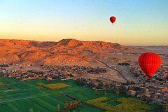Hot Air Balloon Ride in the sky of Luxor