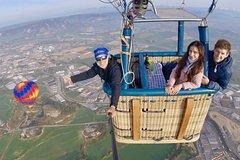Montserrat Monastery Tour & Hot Air Balloon Flight, Including Transfer, Lunch, Photos, Cava