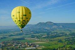 Comfort Ballooning 4 pax from Barcelona + Restaurant
