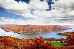 Private Hudson Valley Fall Foliage Helicopter Tour from Westchester