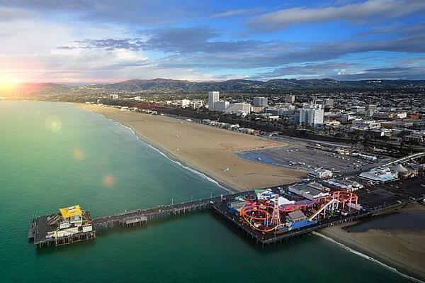Malibu & Santa Monica Coastline Helicopter Tour