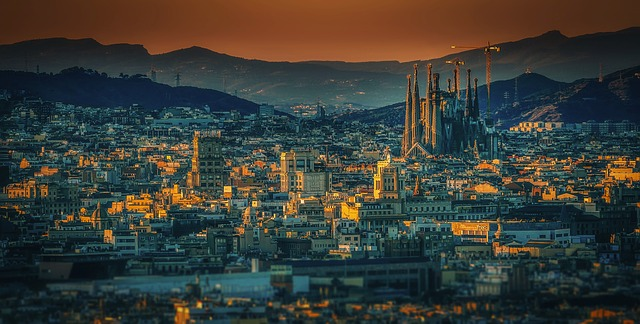 Barcelona Sky Tour - Helicopter ride over Barcelona