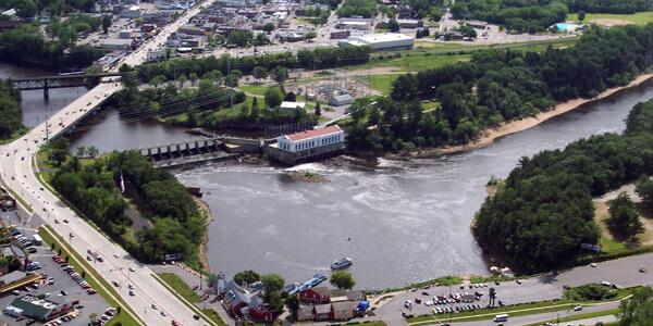 Milwaukee Lake Delton Helicopter Flight