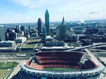 Cleveland Downtown Helicopter Tour